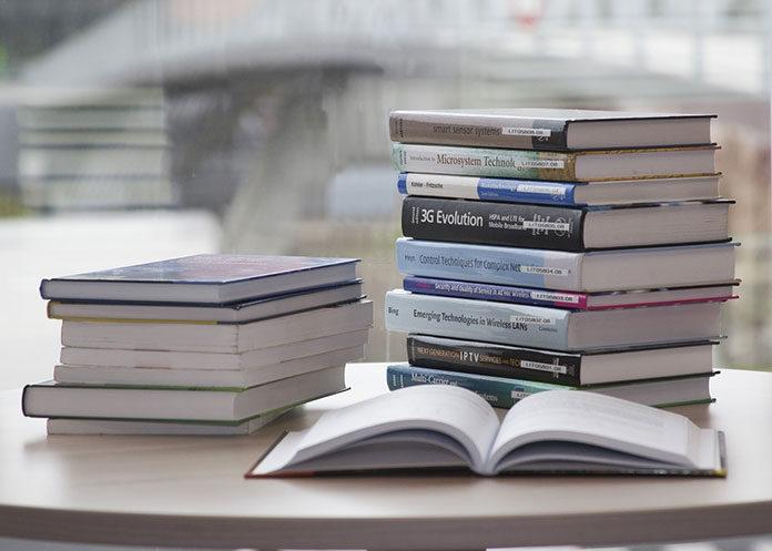 Co dająnam książki